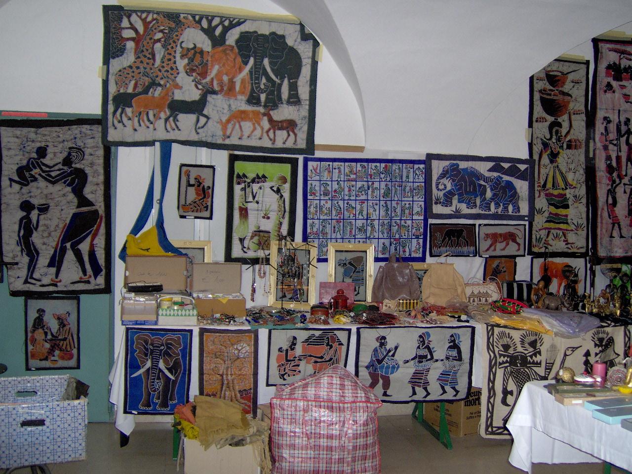 2009 Atrio biblioteca durante mercatino