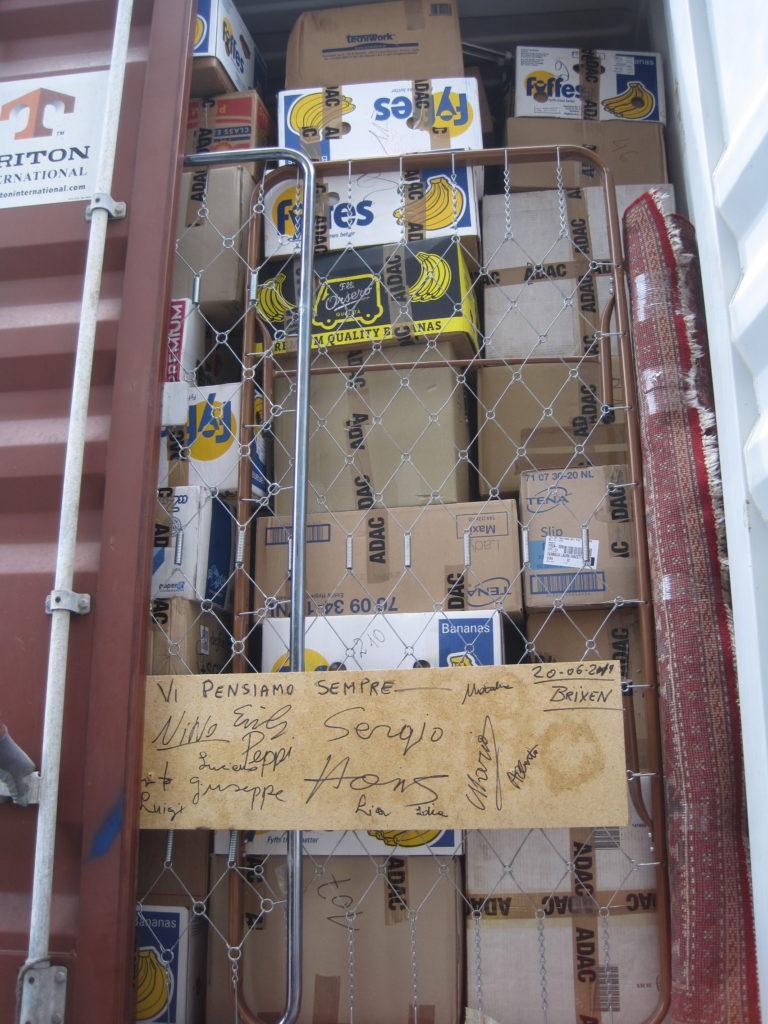 Il container stipato sino all'orlo